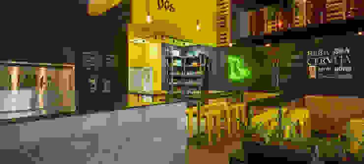 Industrial style bars & clubs by Estúdio Pantarolli Miranda - Arquitetura, Design e Arte Industrial Concrete