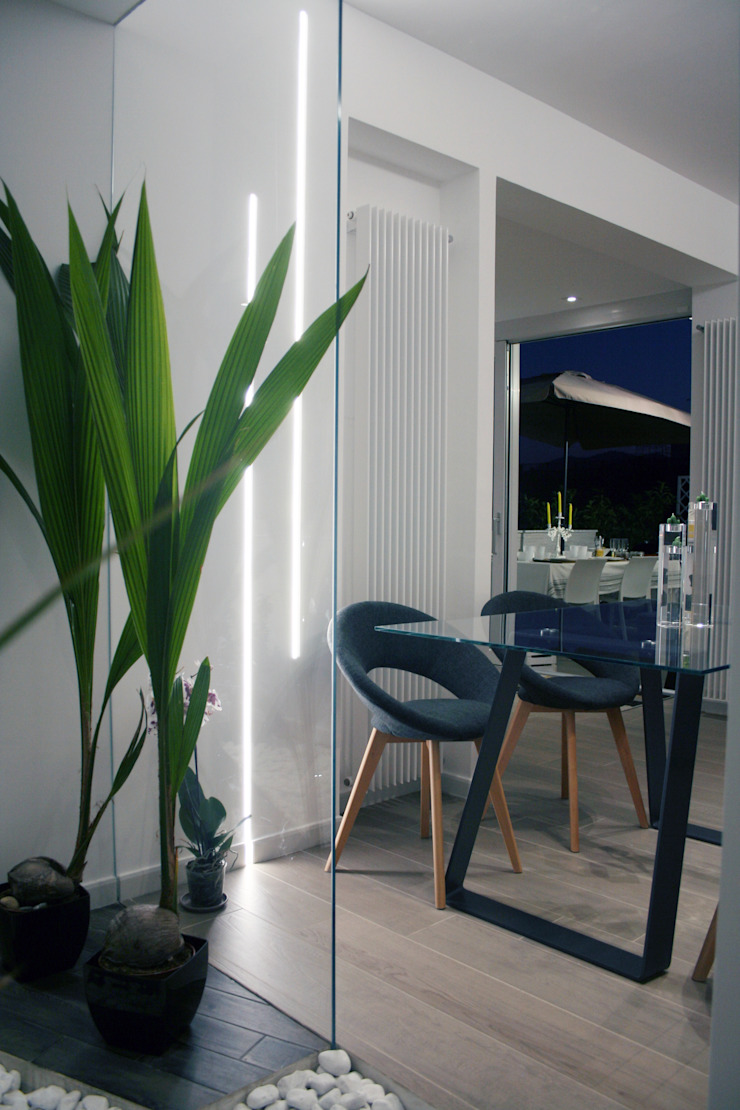 Modern dining room by A2pa Modern