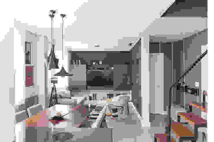 Espaço Aconchegante Salas de estar modernas por Rabisco Arquitetura Moderno