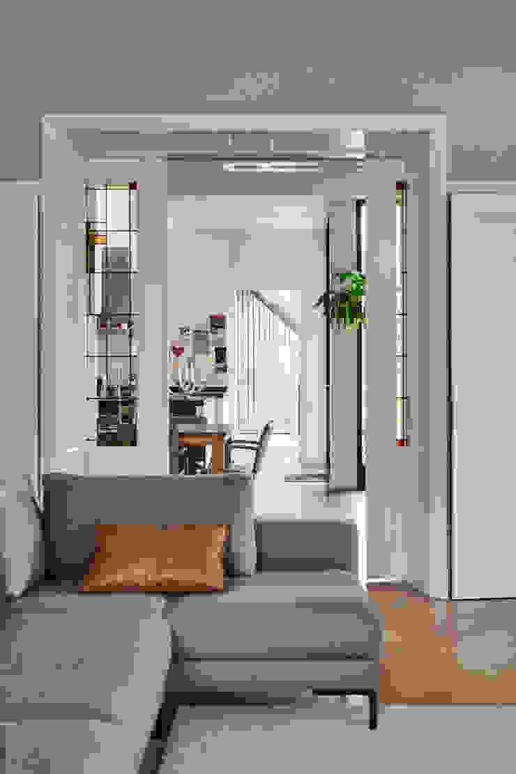 Woonboerderij Onnen - Woonkamer Moderne woonkamers van MINT Architecten Modern