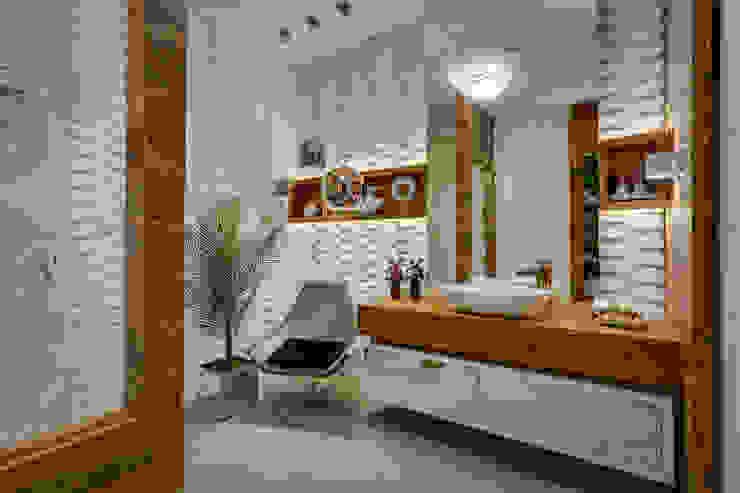 Baños modernos de Guaraúna Revestimentos Moderno
