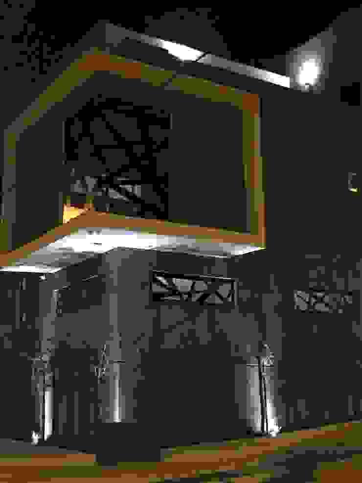 una fachada excepcional Ma&Co Casas minimalistas Concreto