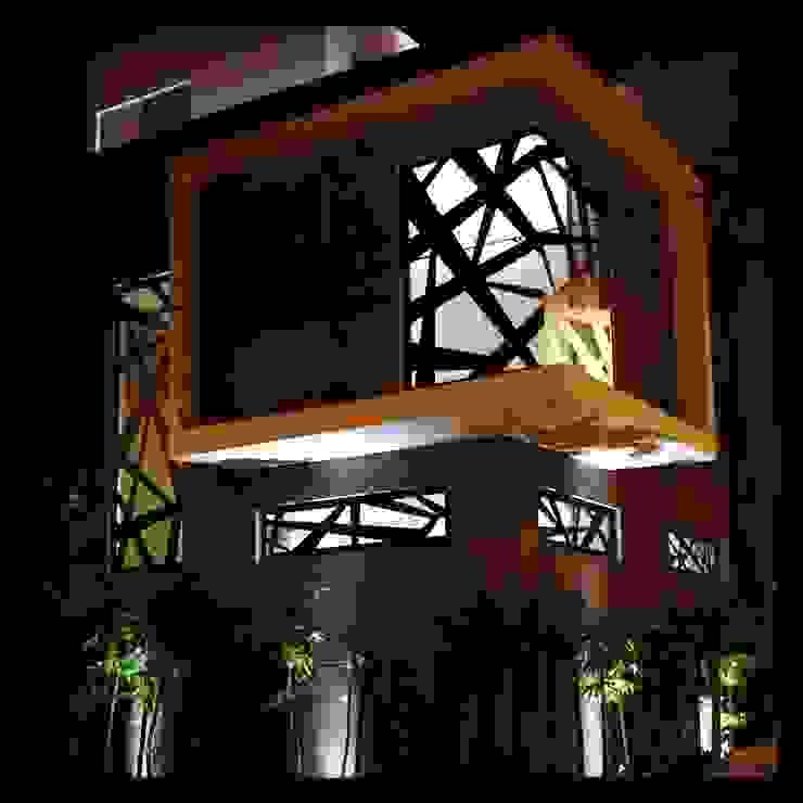 fachada de lujo Ma&Co Casas modernas Concreto