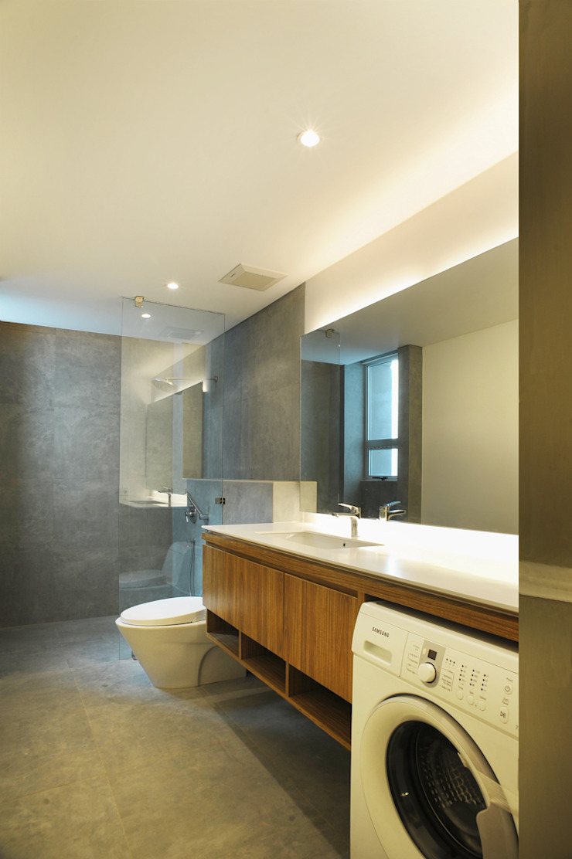 Bathroom Oleh TRE Studio