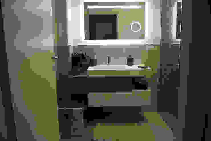 il bagno Studio Tecnico Progettisti Associati Ing. Marani Marco & Arch. Dei Claudia Bagno moderno