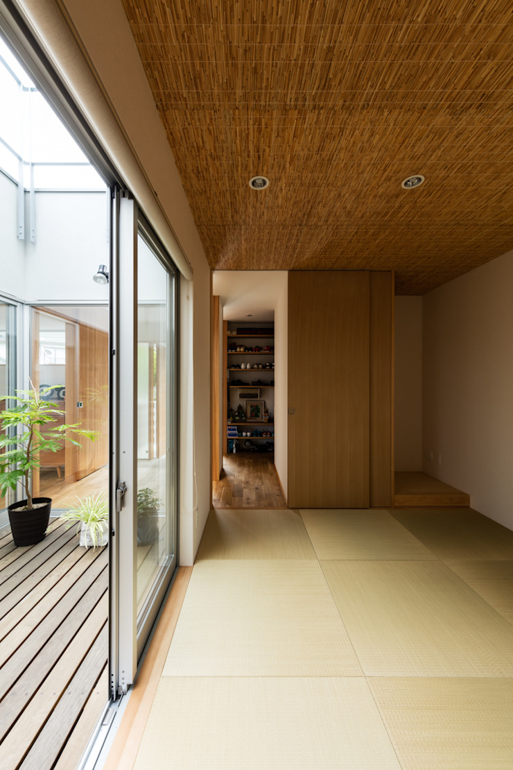 藤森大作建築設計事務所 Modern media room Wood Wood effect