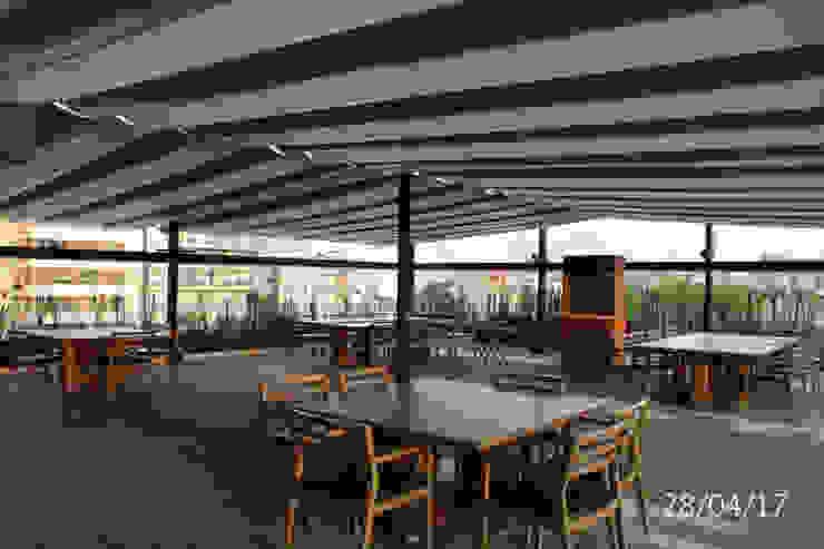 AREA DE COMENSALES TP618 Balcones y terrazas de estilo moderno Bambú