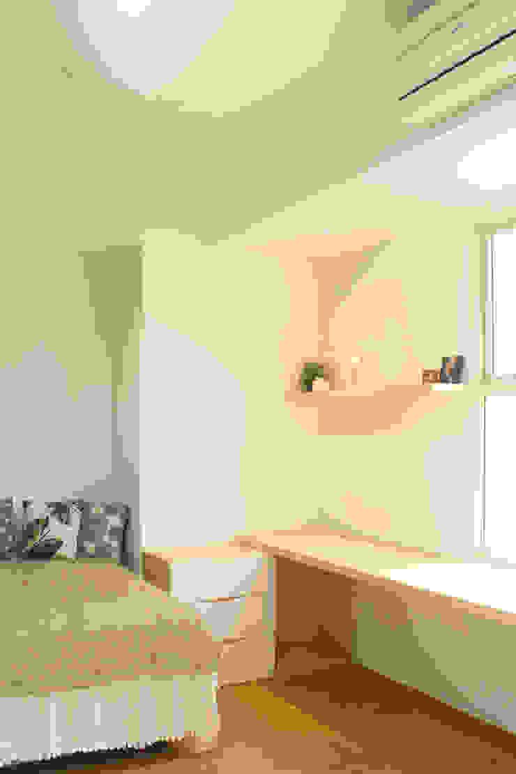 Master Bedroom Kamar Tidur Gaya Skandinavia Oleh TIES Design & Build Skandinavia