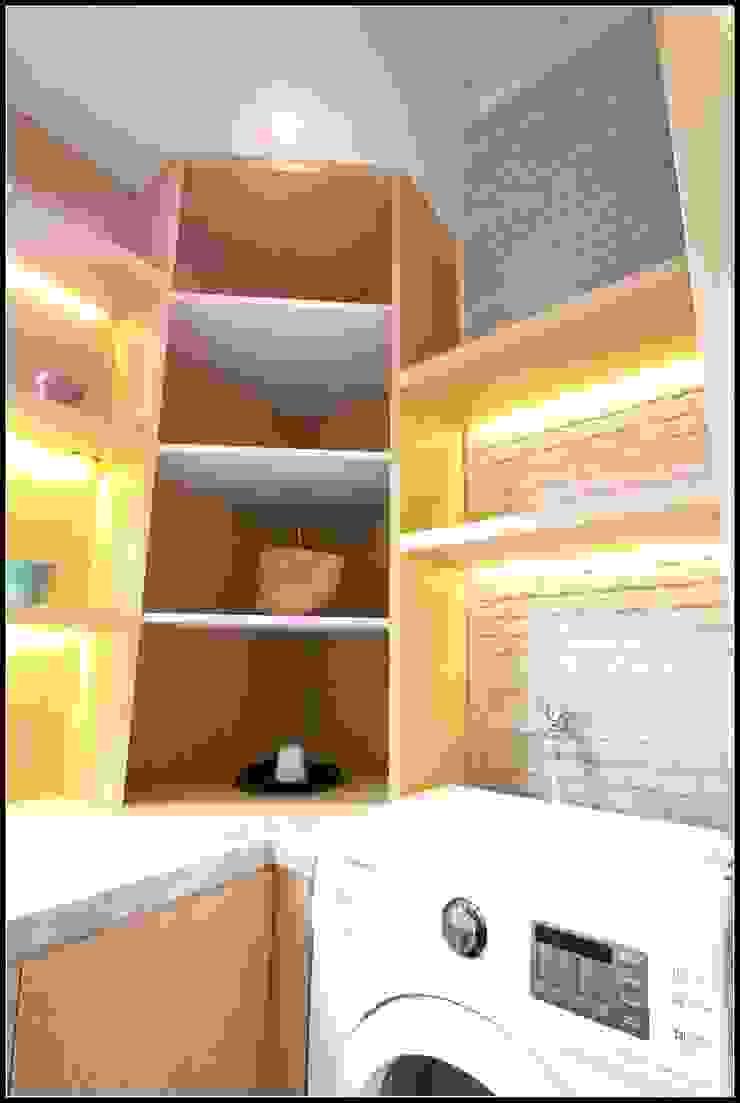 Warm and Tidy Kitchen : minimalist  by a+Plan Architect and Interior Works , Minimalist