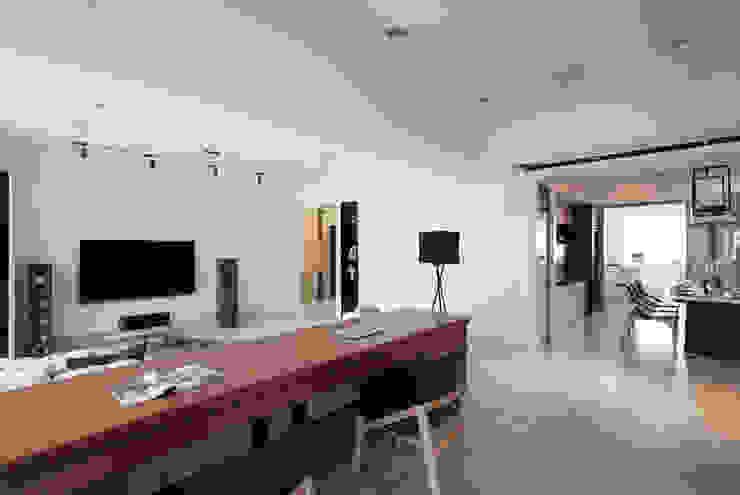 明水苑 | 稜線 Scandinavian style study/office by 北歐制作室內設計 Scandinavian