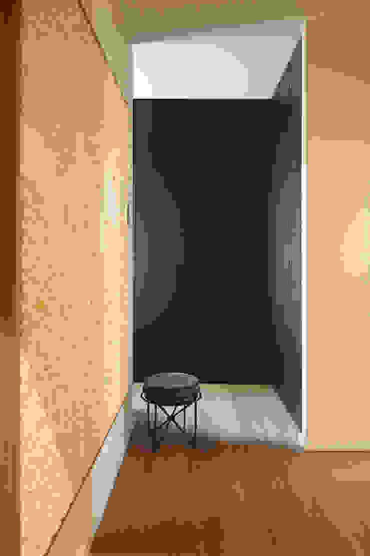 Wardrobe tredup Design.Interiors Dressing roomWardrobes & drawers