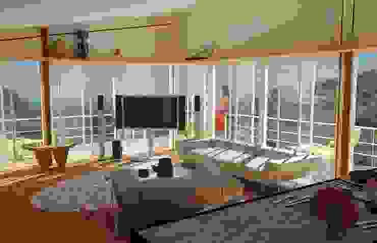 Egzotyczny salon od Proyectonica Egzotyczny Drewno O efekcie drewna