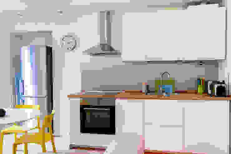 Laura Galli Architetto Modern kitchen