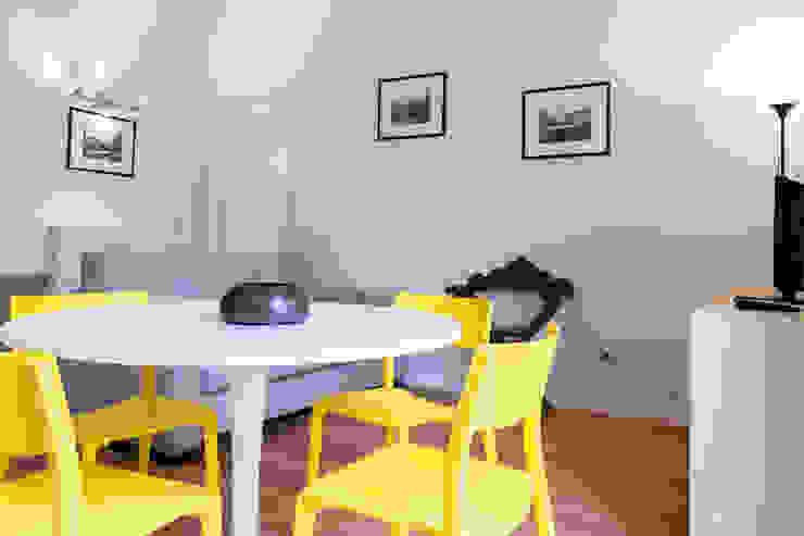 Laura Galli Architetto Modern living room