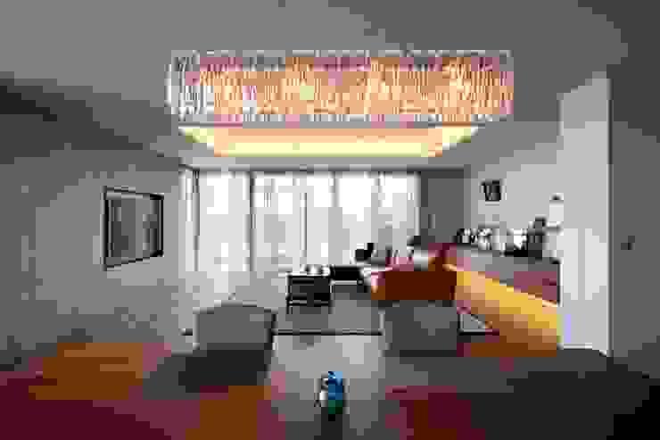 吉川弥志設計工房 Modern Living Room