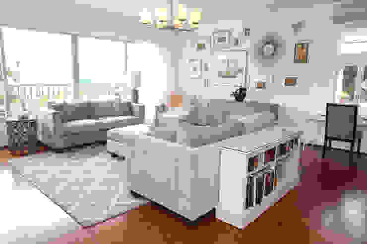 Repulse Bay Living/Dining Room Modern living room by B Squared Design Ltd. Modern