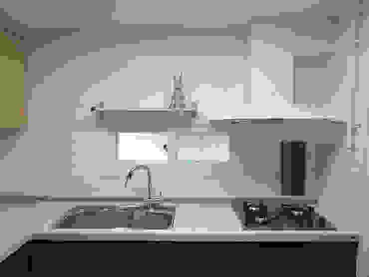 Moderne Küchen von 달달하우스 Modern