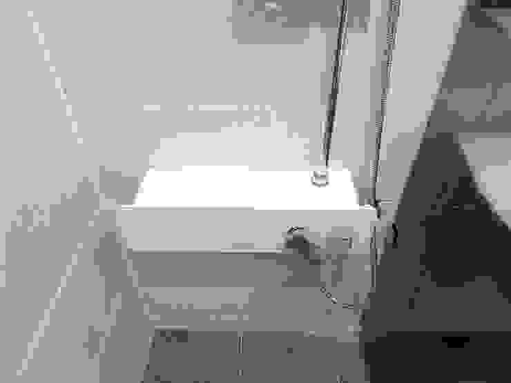 Moderne Badezimmer von 달달하우스 Modern