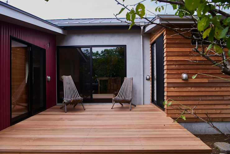 tai_tai STUDIO Patios & Decks Wood Multicolored