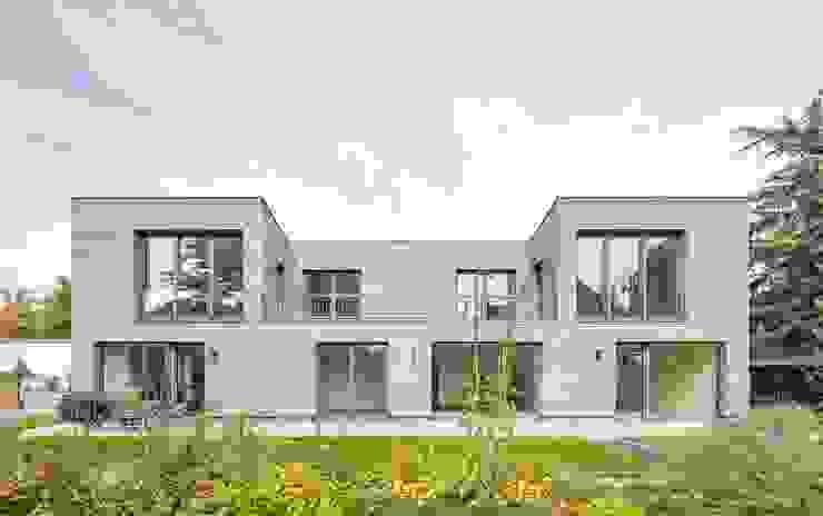 Kerzenmanufaktur Gartenseite frontal Moderne Häuser von ZHAC / Zweering Helmus Architektur+Consulting Modern Holz Holznachbildung