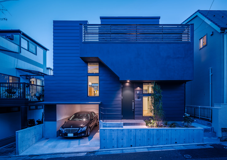 Scandinavian style houses by 内田雄介設計室 Scandinavian