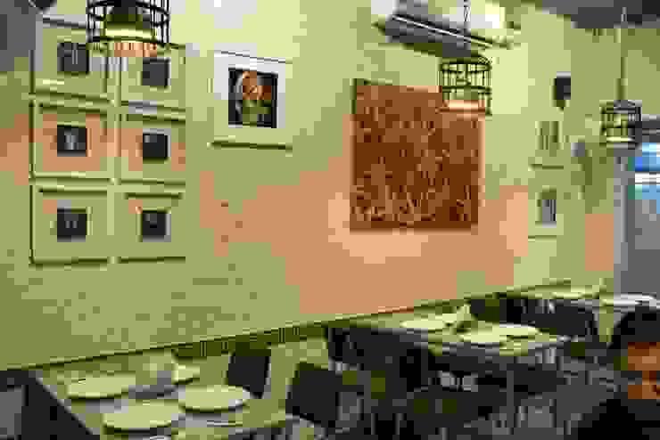 Art Works Modern hotels by Ashoka Design Studio, Jaipur Modern