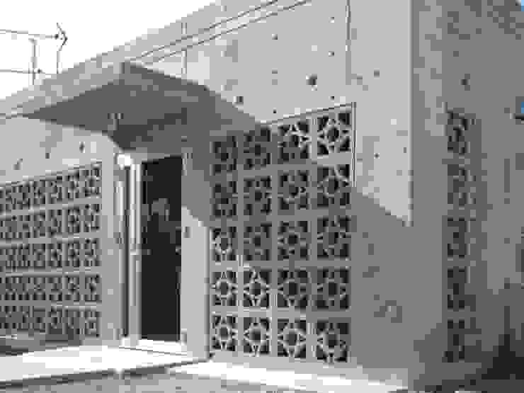 外観: 株式会社青空設計が手掛けた一戸建て住宅です。