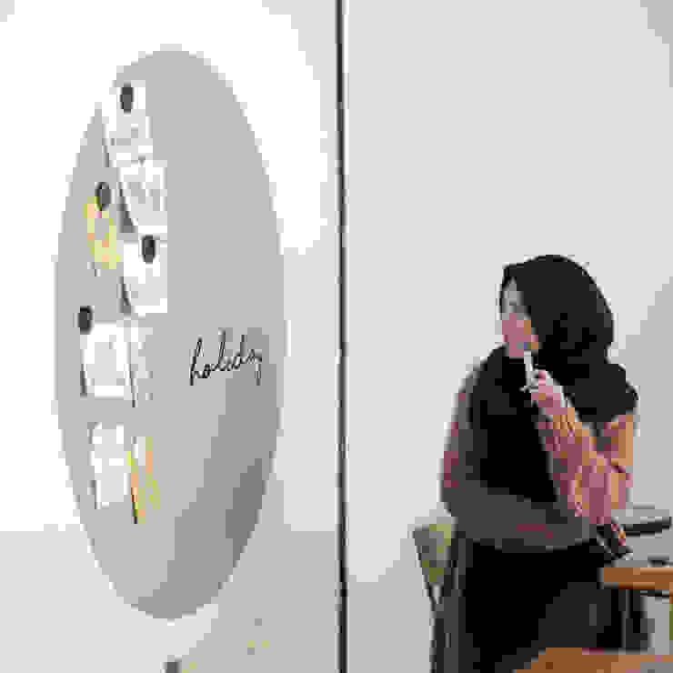 Co & Co Workspace Oleh Naya Fond Living Minimalis