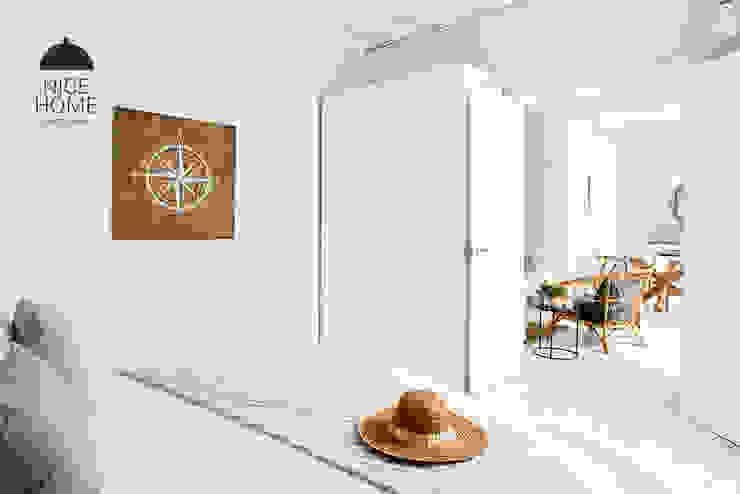 Bedroom by Nice home barcelona