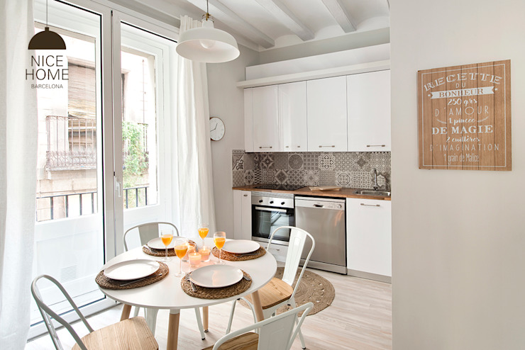 Kitchen by Nice home barcelona, Mediterranean