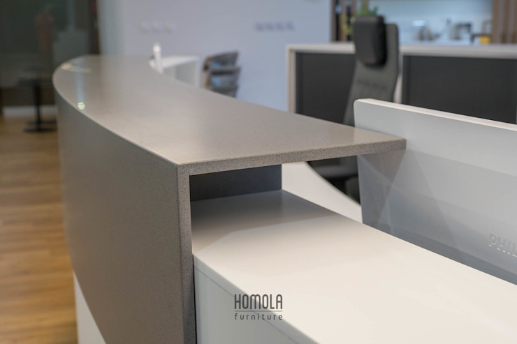 by Homola furniture s.r.o Сучасний