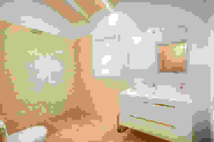 Ванные комнаты в . Автор – Progettolegno srl