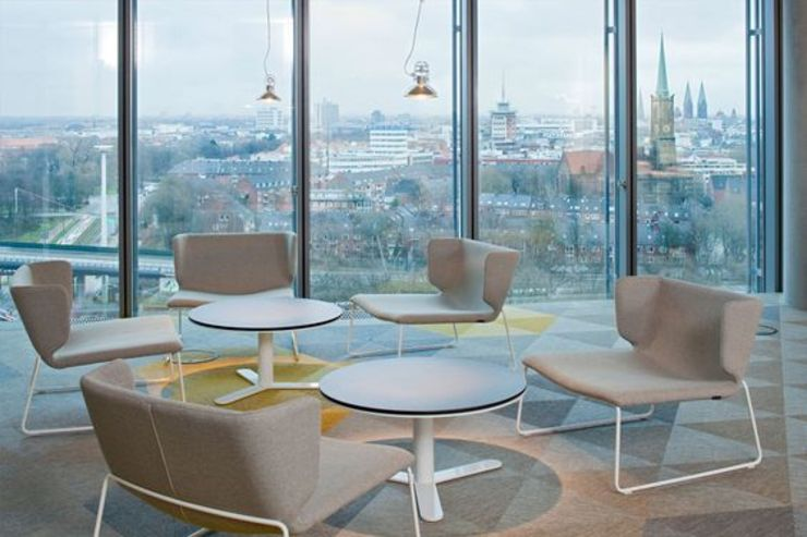 hmmh Multimediahaus by RAUMINRAUM Moderne Bürogebäude von rauminraum Modern