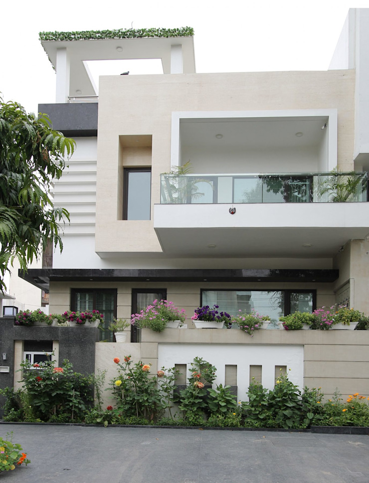 Terrace House Modern houses by Conarch Architects Modern