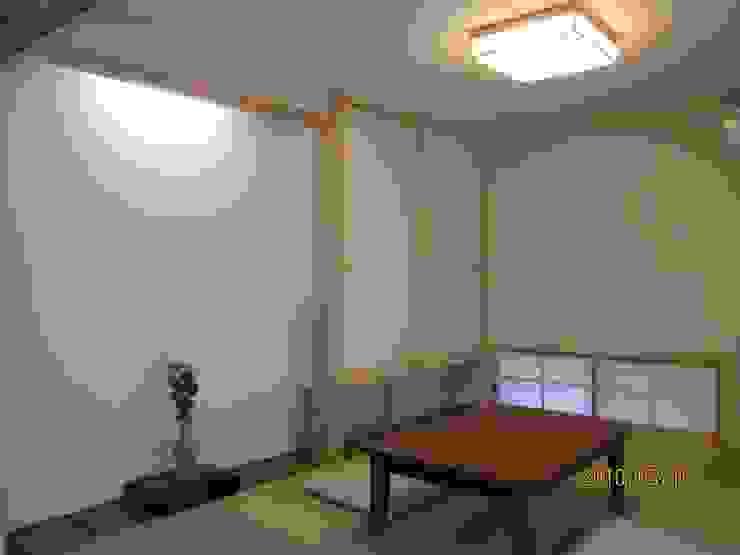 よしだみわこ建築設計事務所 Modern style media rooms