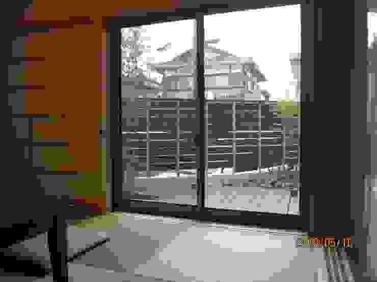 よしだみわこ建築設計事務所 Modern windows & doors