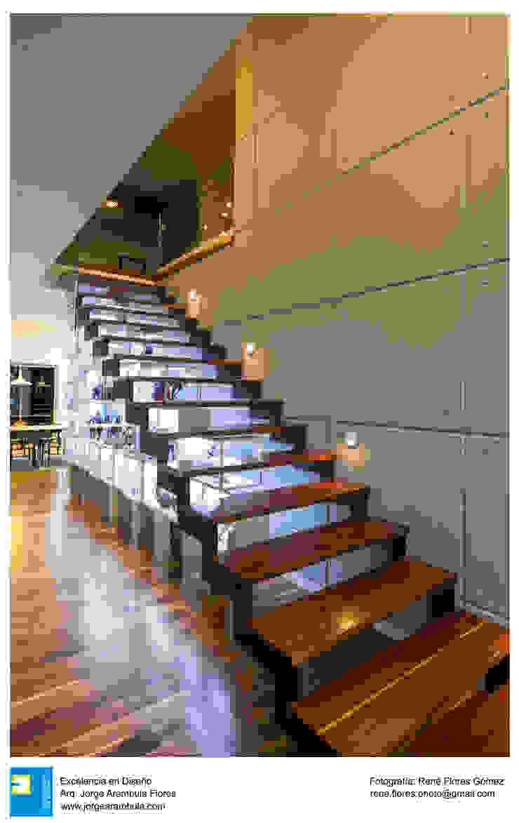 Koridor & Tangga Modern Oleh Excelencia en Diseño Modern Kayu Wood effect