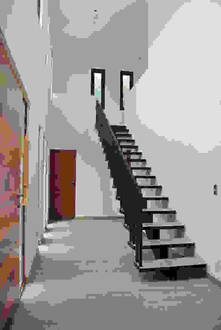 Casa La Reserva Dormitorios infantiles de estilo minimalista de AtelierStudio Minimalista