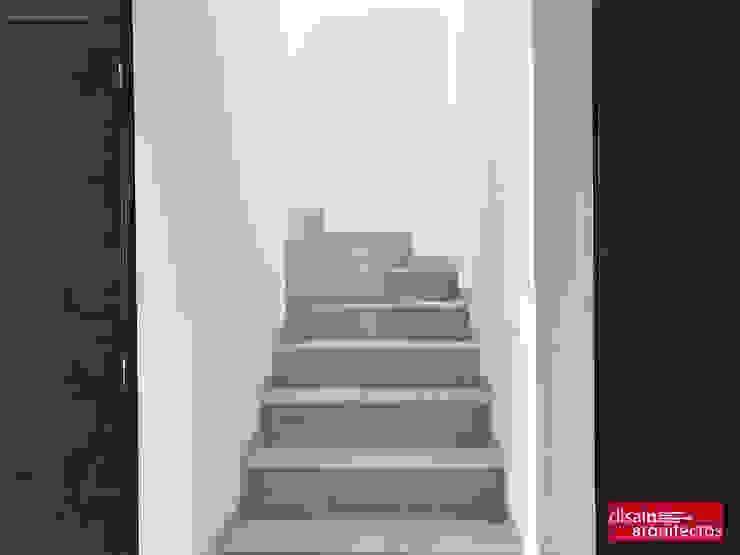 現代風玄關、走廊與階梯 根據 homify 現代風 木頭 Wood effect