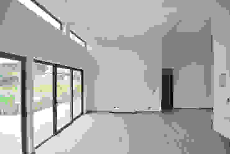 Casa El Algarrobal Livings de estilo minimalista de AtelierStudio Minimalista