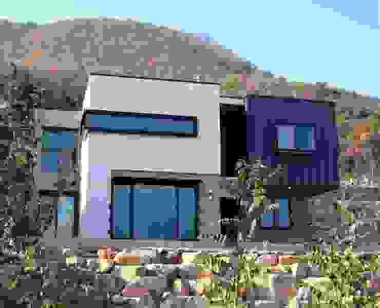 Casas de estilo  por 피앤이(P&E)건축사사무소,