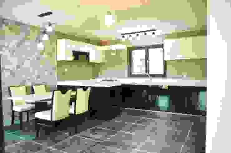 Nhà bếp phong cách hiện đại bởi 피앤이(P&E)건축사사무소 Hiện đại