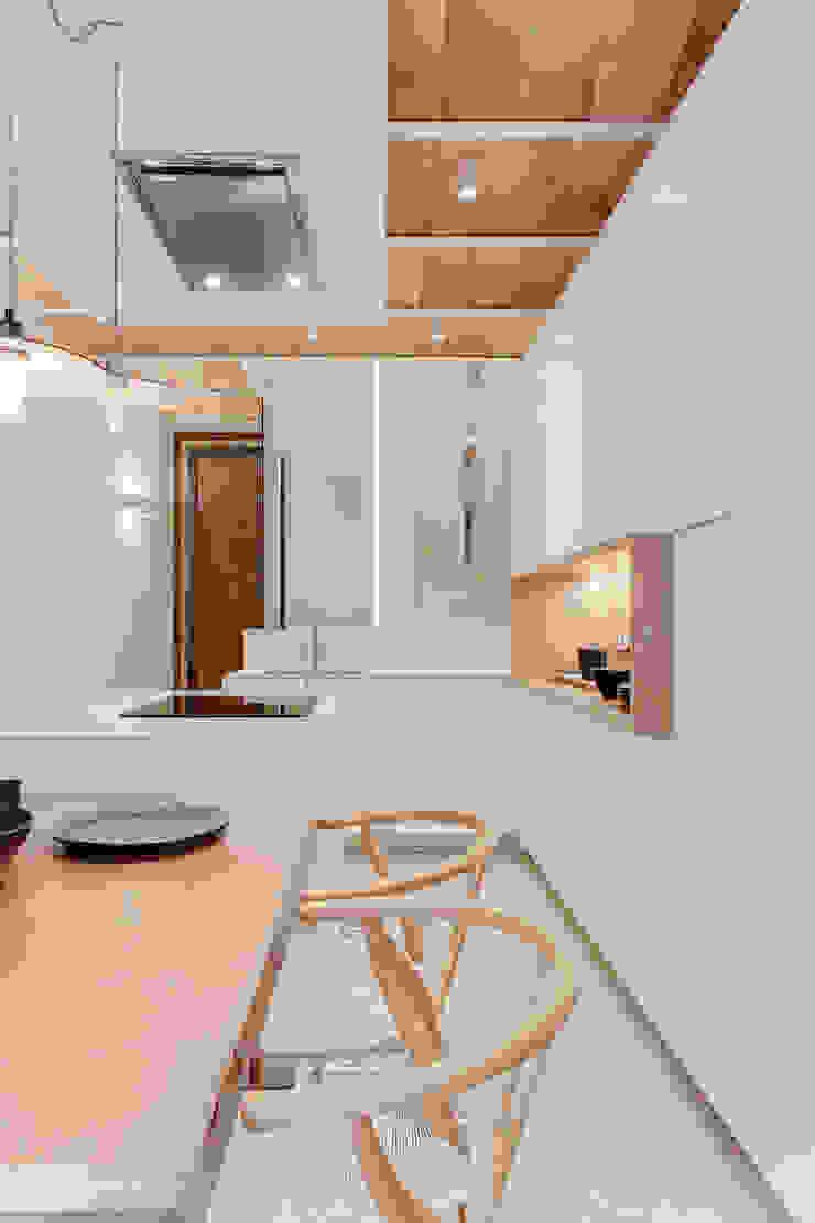 by Lara Pujol | Interiorismo & Proyectos de diseño Mediterranean