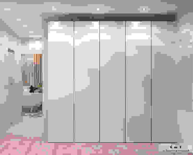 Modern Corridor, Hallway and Staircase by Дизайн интерьера под ключ - GDESIGN Modern