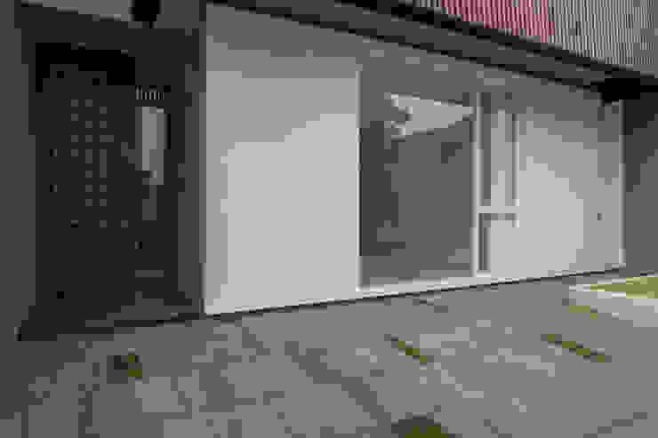 根據 Simple Projects Architecture 熱帶風 石器