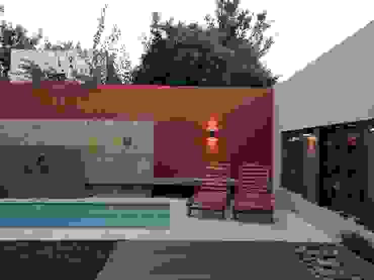 Piscinas Exclusivas Piletas modernas: Ideas, imágenes y decoración de D'ODORICO ARQUITECTURA Moderno