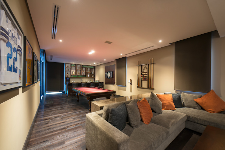 Media room by Rousseau Arquitectos,