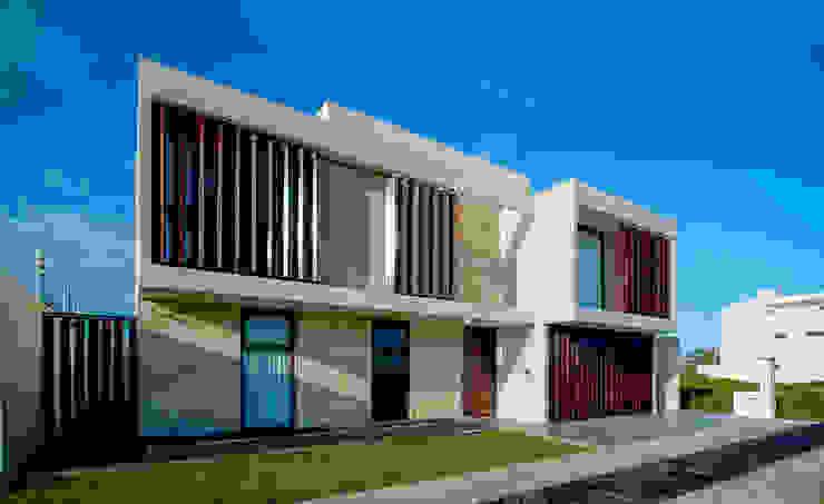 Casa MG de COUTIÑO & PONCE ARQUITECTOS Moderno