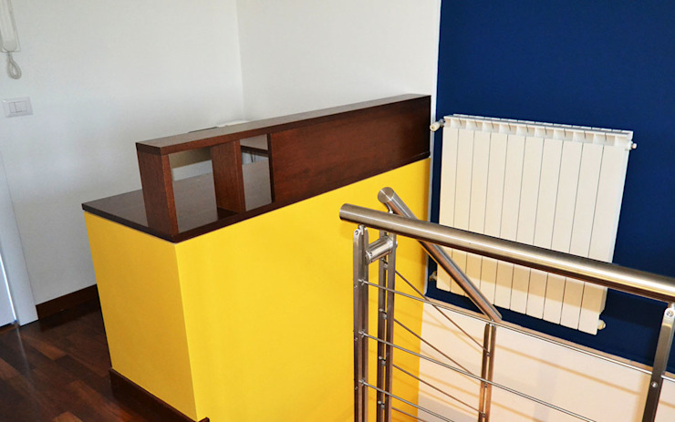 arch. Paolo Pambianchi Study/officeDesks Wood Yellow