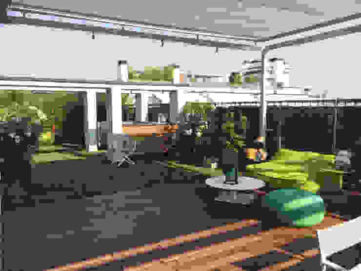 Balcones y terrazas modernos de Andrea Rossini Architetto Moderno
